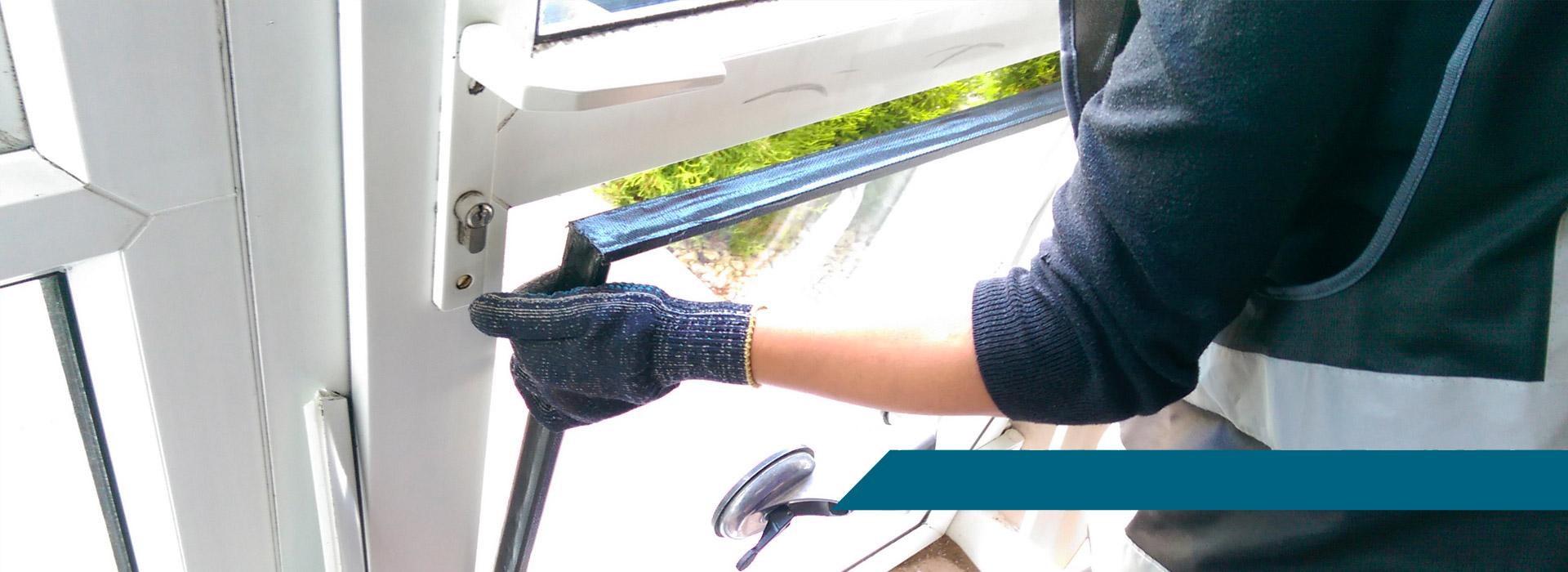 miroiterie massilia pose et d pannage de vitre et de miroir sur marseille. Black Bedroom Furniture Sets. Home Design Ideas